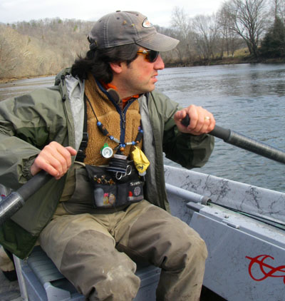 Ian Rutter rows the Holston River in Tennessee, January 2008