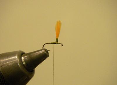 Hi Vis Parachute Blue Wing Olive, Step 2