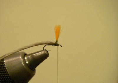 Hi Vis Parachute Blue Wing Olive, Step 5