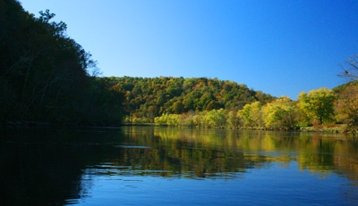 Fall color on the Clinch River
