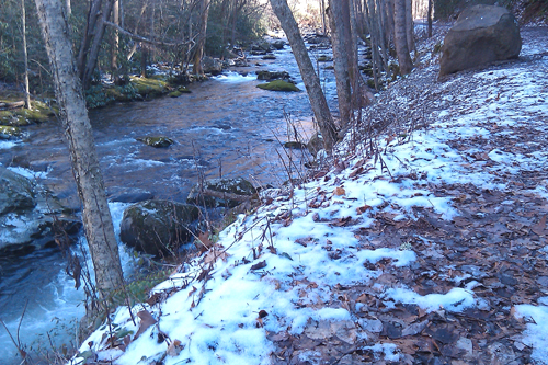 Snow along Little River