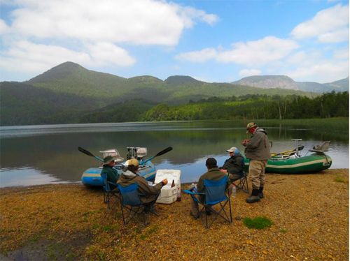 Shore lunch on a Patagonian lake